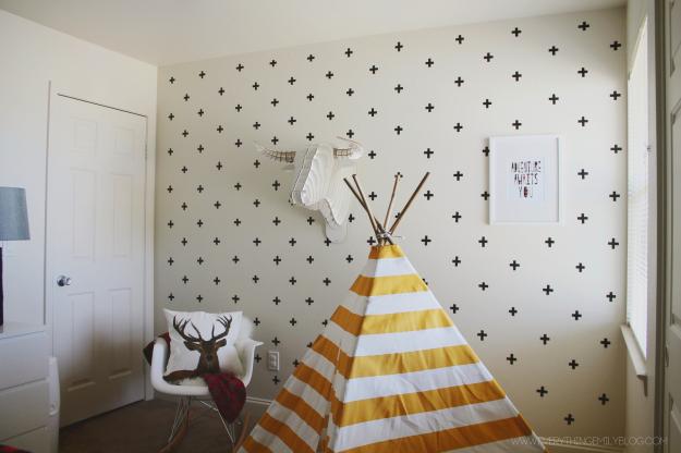 como-decorar-parede-com-fita-adesiva-9.png