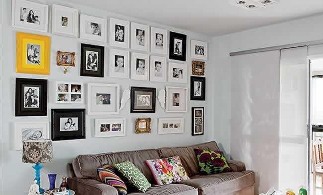 sala-de-estar-com-parede-de-quadros